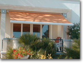 Sunpitch Retractable Awning